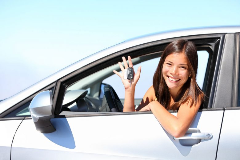 Approach Trusted Driving School To Improve Your Driving Skills